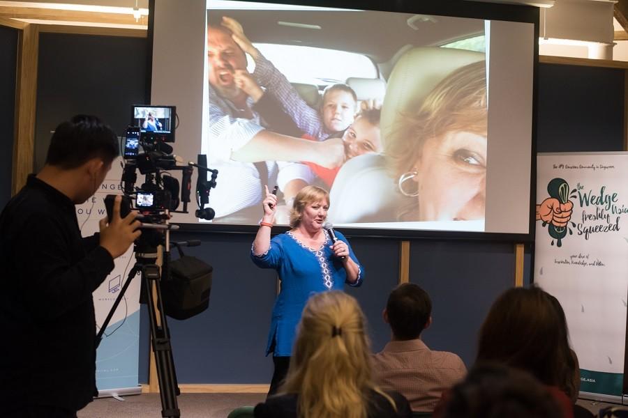 custom social leadership training